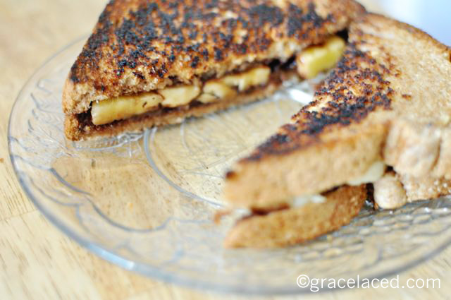 grilled nutella sandwiches