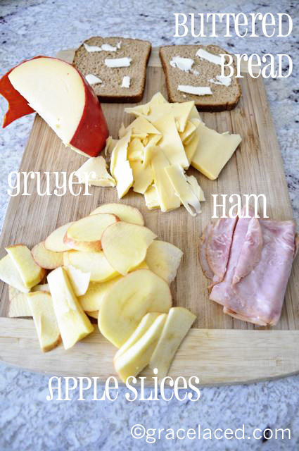 Grilled Gouda, Ham, and Apple Sandwiches | gracelaced.com